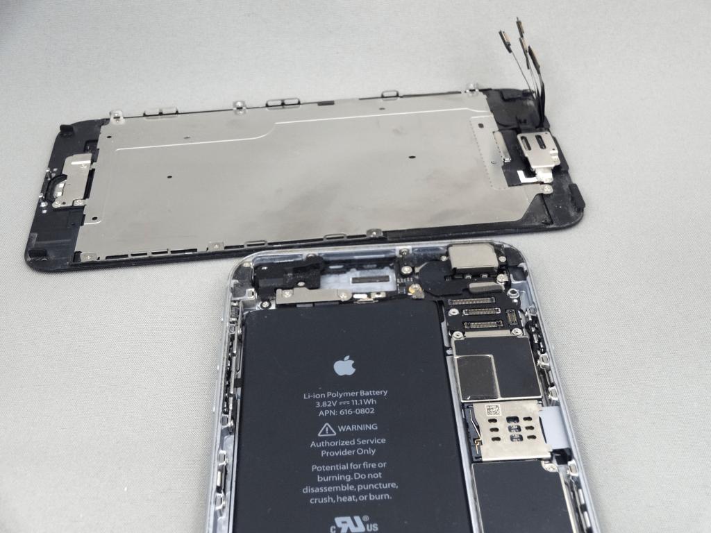 iPhone6Plus フロントパネル 分解