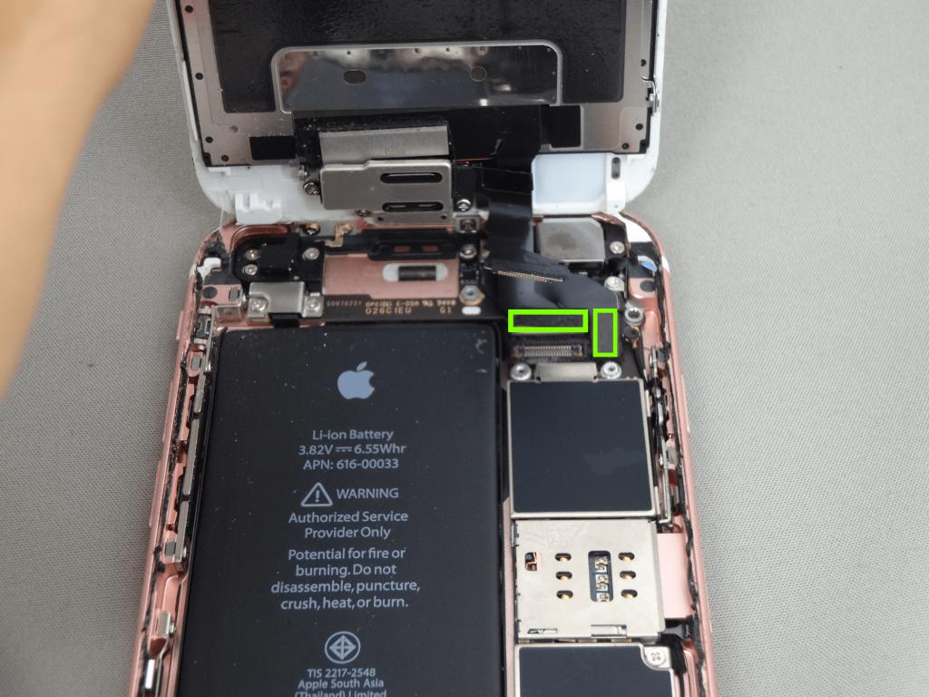 iPhone6s コネクタ