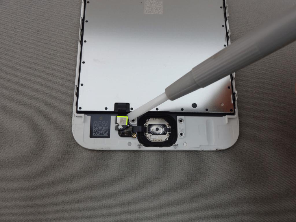 iPhone6s ホームボタンコネクタ
