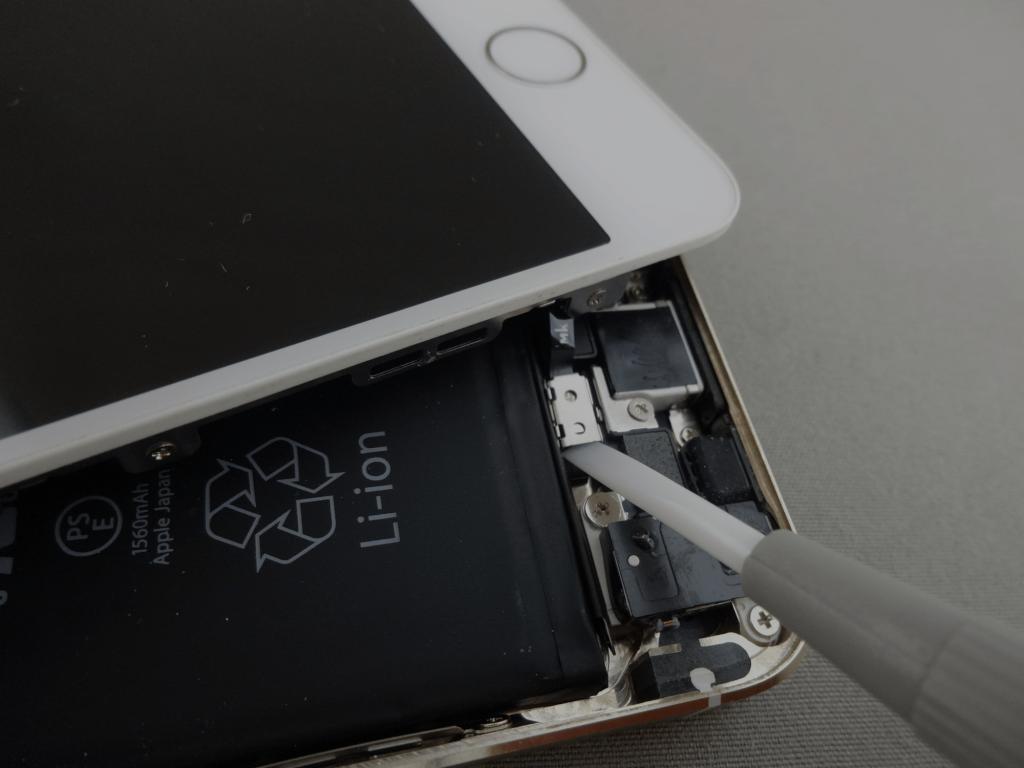 iPhone5s 分解 修理
