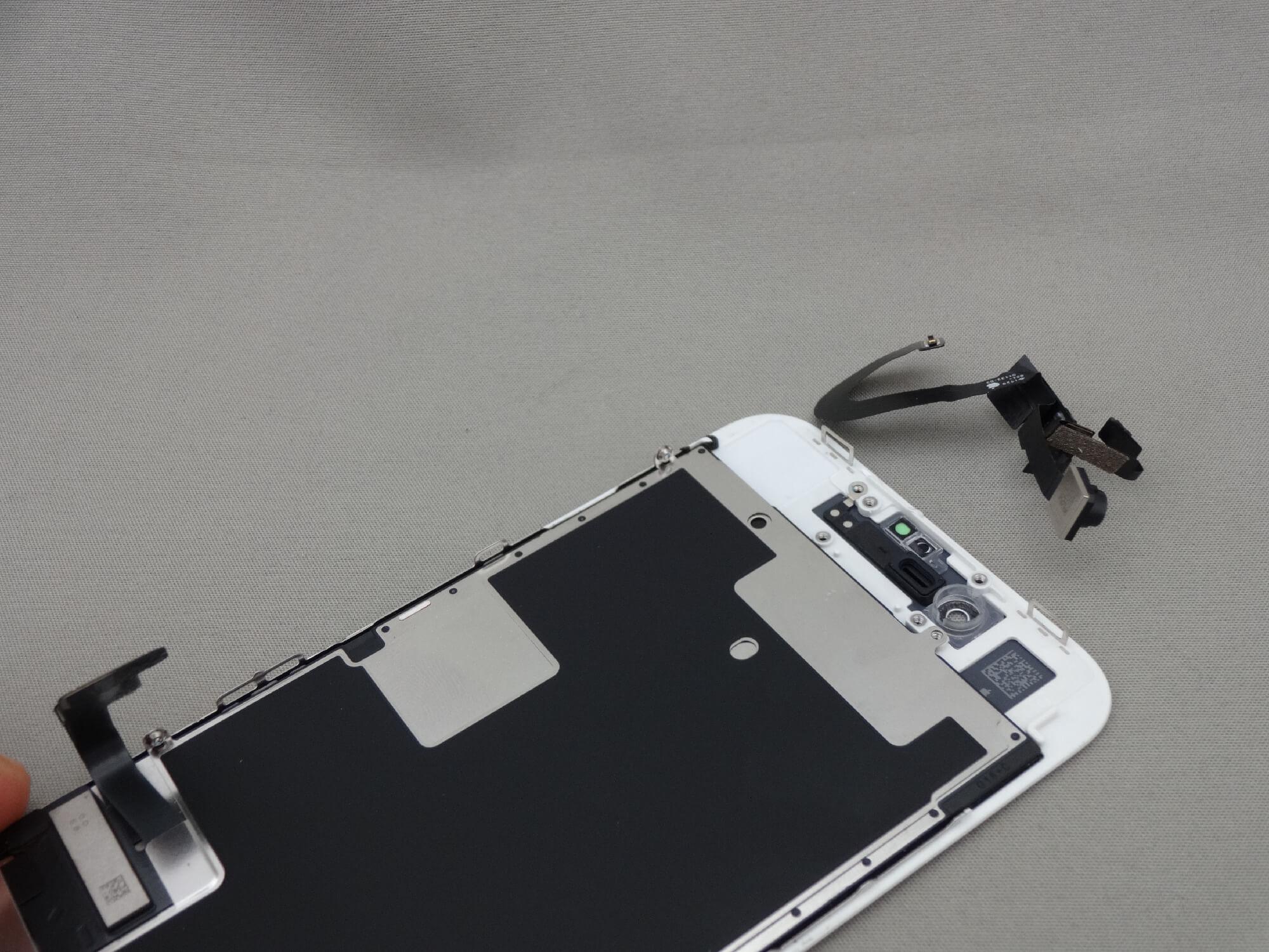 iPhone8 部品