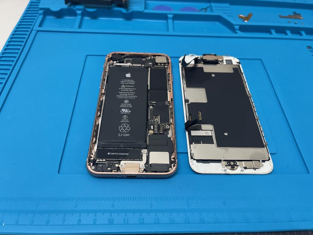 iPhone8 フロントパネル 分離